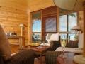 honeymoon-suite-sittting-area