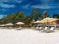 crystals-beach-hotel-beach