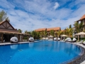crystals-beach-hotel-swimming-pool-2