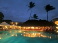 one-and-only-le-saint-geran-mauritius-at-night