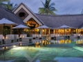 mauritius-royal-palm-pool-at-night