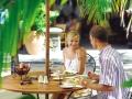 mauritius-shandrani-porto-vecchio-restaurant-couple