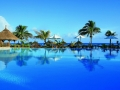 pointe-aux-biches-mauritius-swimming-pool