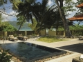seychelles-sainte-anne-beach-villa-with-pool-outside
