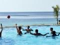 royal-zanzibar-pool-loungers
