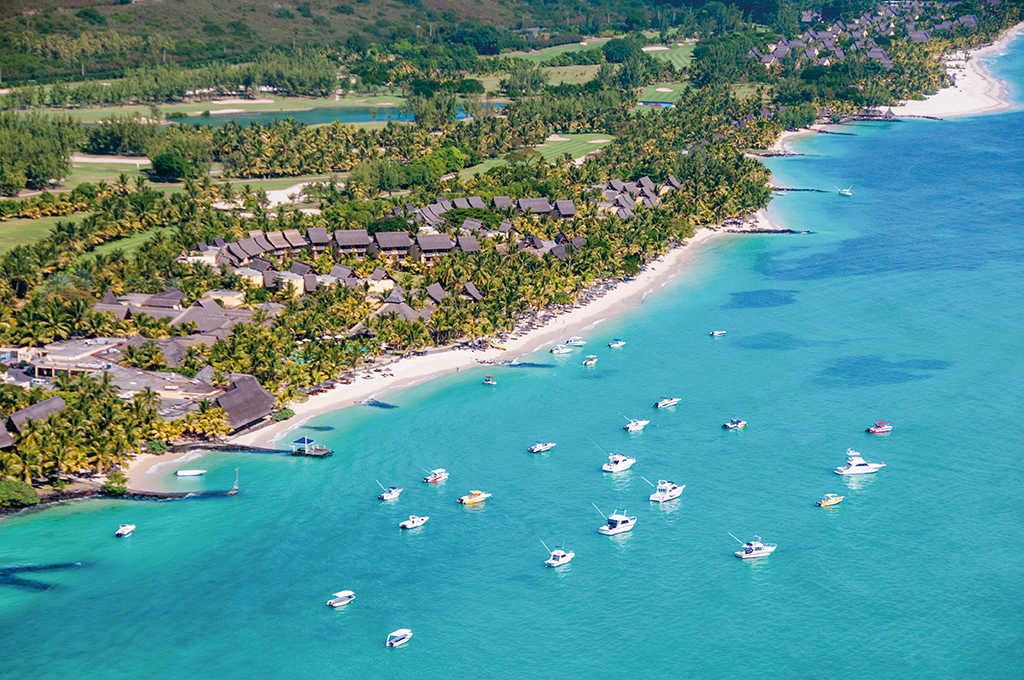Beachcomber Hotels & Resorts; Mauritius; Île Maurice; Paradis Hotel and Golf Club; 5-star; All-inclusive; Travel; Voyage; Tourism; Tourisme; Holiday; Vacation; Congé; Land sports; Sports te
